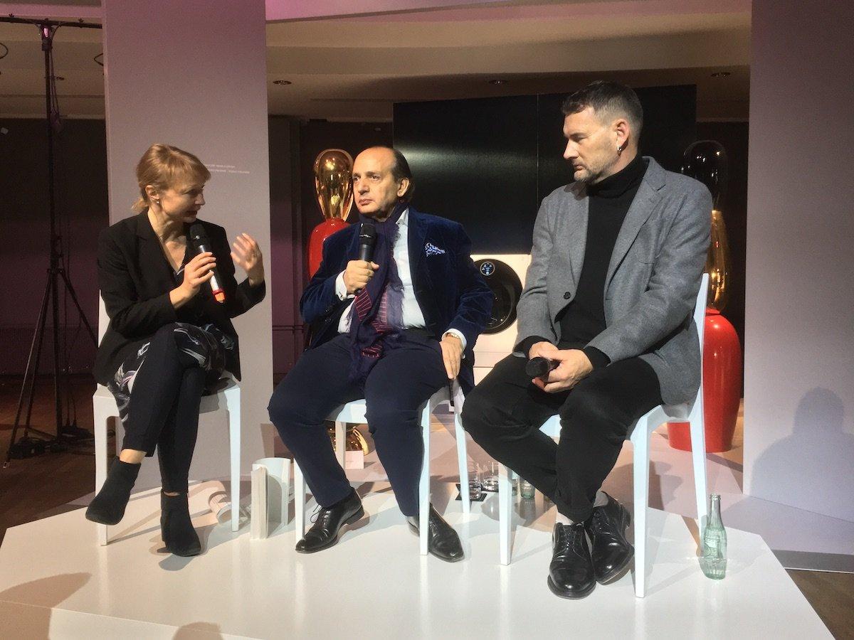 Von links: Grit Weber, Hadi Teherani undMichael Michalsky bei der Podiumsdiskussion auf der Artweek in Frankfurt (Foto: invidis)