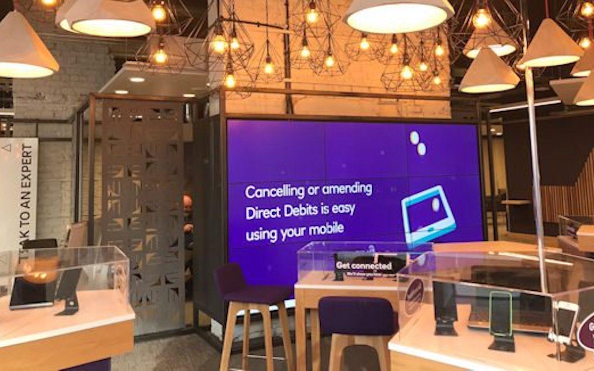Video Wall in der Liverpooler Digital-Filiale der Bankenkette NatWest (Foto: Sys-Teams)