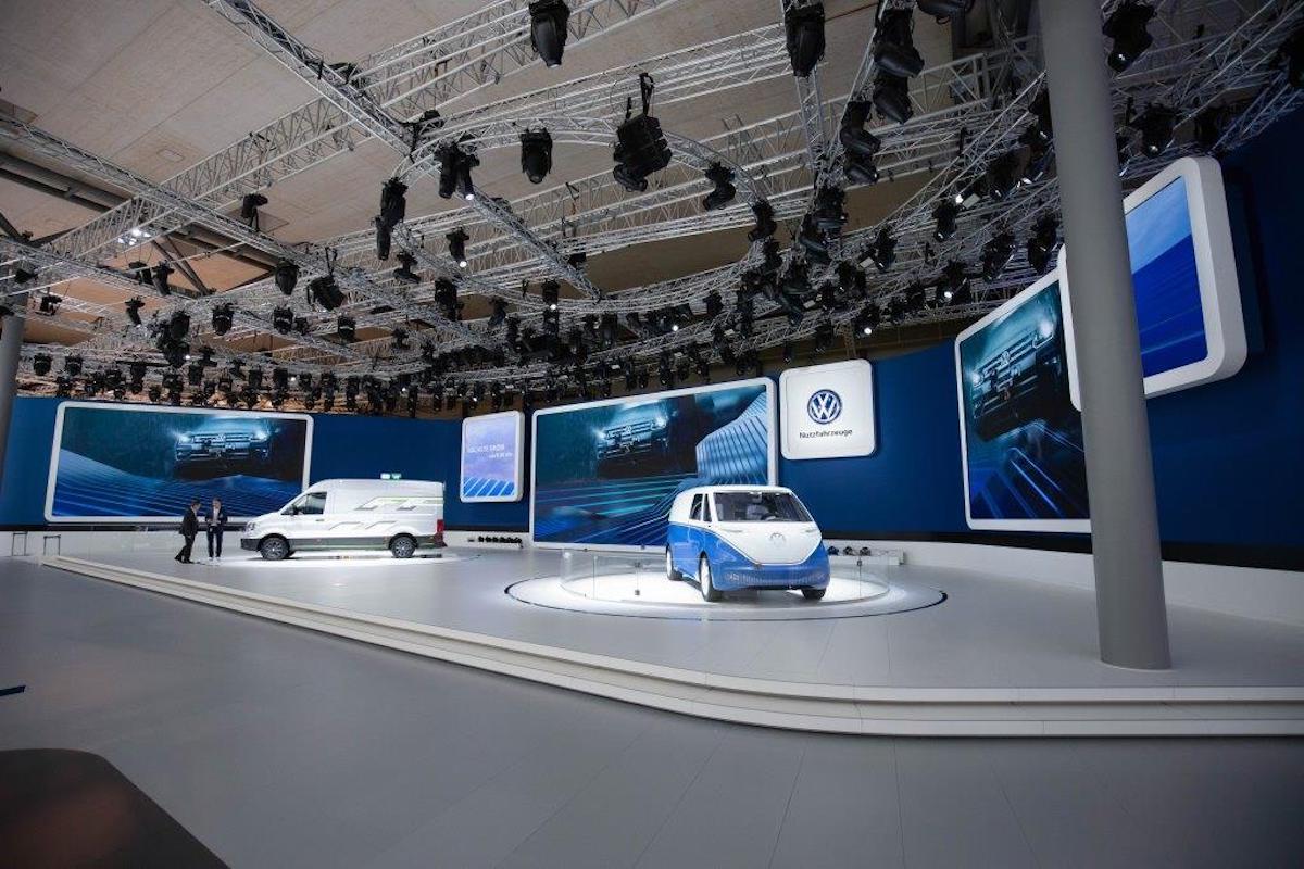 Volkswagen Nutzfahrzeuge setzte ebenfalls auf große LED Flächen (Foto: Absen)