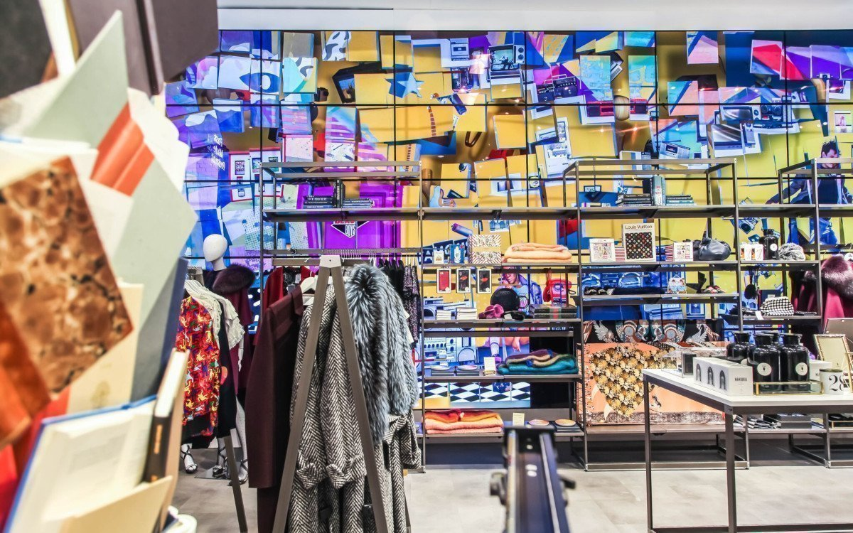 Bloomingdale's Pop-Up Store mit OLED-Videowall (Foto: Float4)