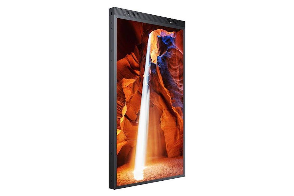 Die doppelseitige Variante OWN-D der neuen High Brightness Screens (Foto: Samsung)