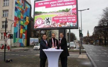 Startschuss für die Kooperation zwischen Ströer und Fortuna Köln im Dezember 2018 (Foto: Fortuna Köln)