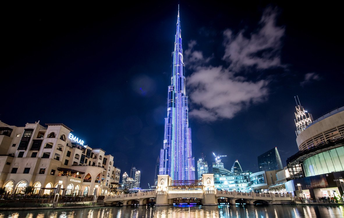Burj Khalifa mit der weltgrößten LED-Fassade (Fotos: Saco)