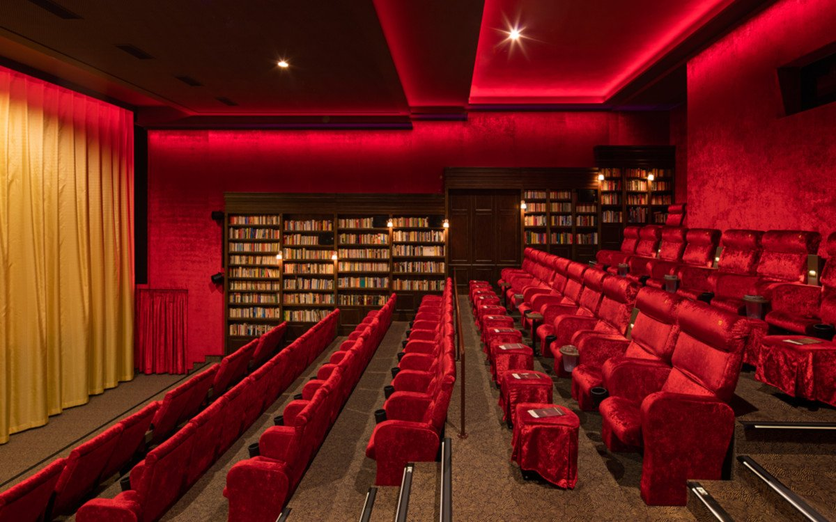 Mehr als nur Kinosaal - Astor Grand Cinema in Hamburg (Foto: Jan Bitter – ASTOR Grand Cinema, Zwei Freunde Betriebs GmbH)