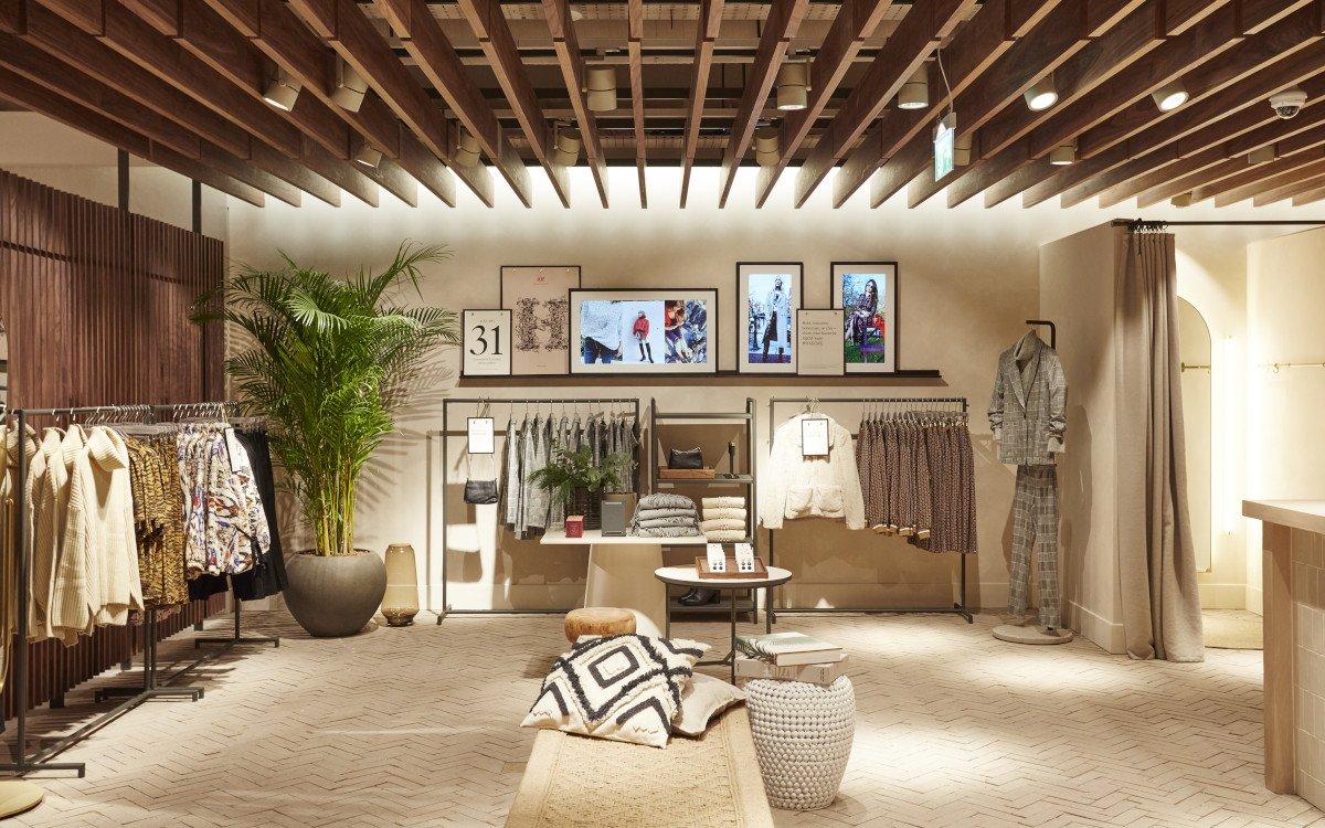 Digital Signage im neuen H&M Konzept (Foto: H&M)