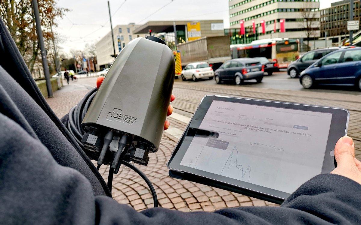 Smart Lighting soll Verkehrsfluss in Darmstadt optimieren (Foto: Vodafone)