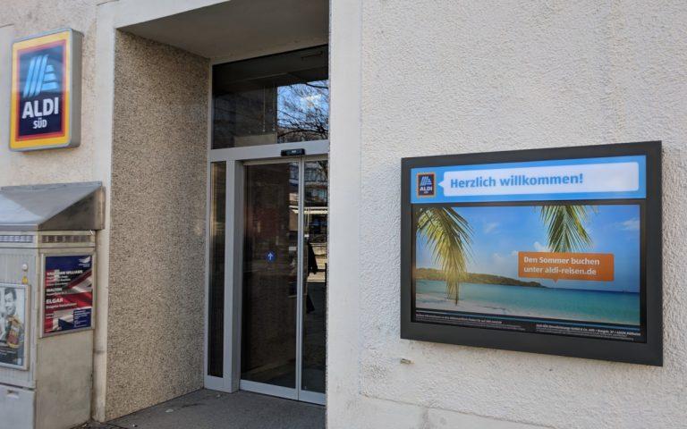 Endlich lesbar - Alsi Süd Display in München (Foto: invidis)