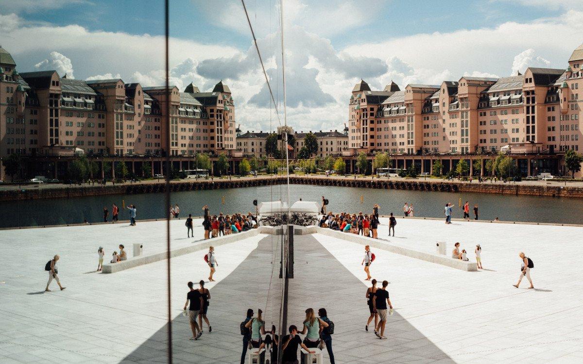 Oslo Oper im Sommer (Foto: Oliver Cole)