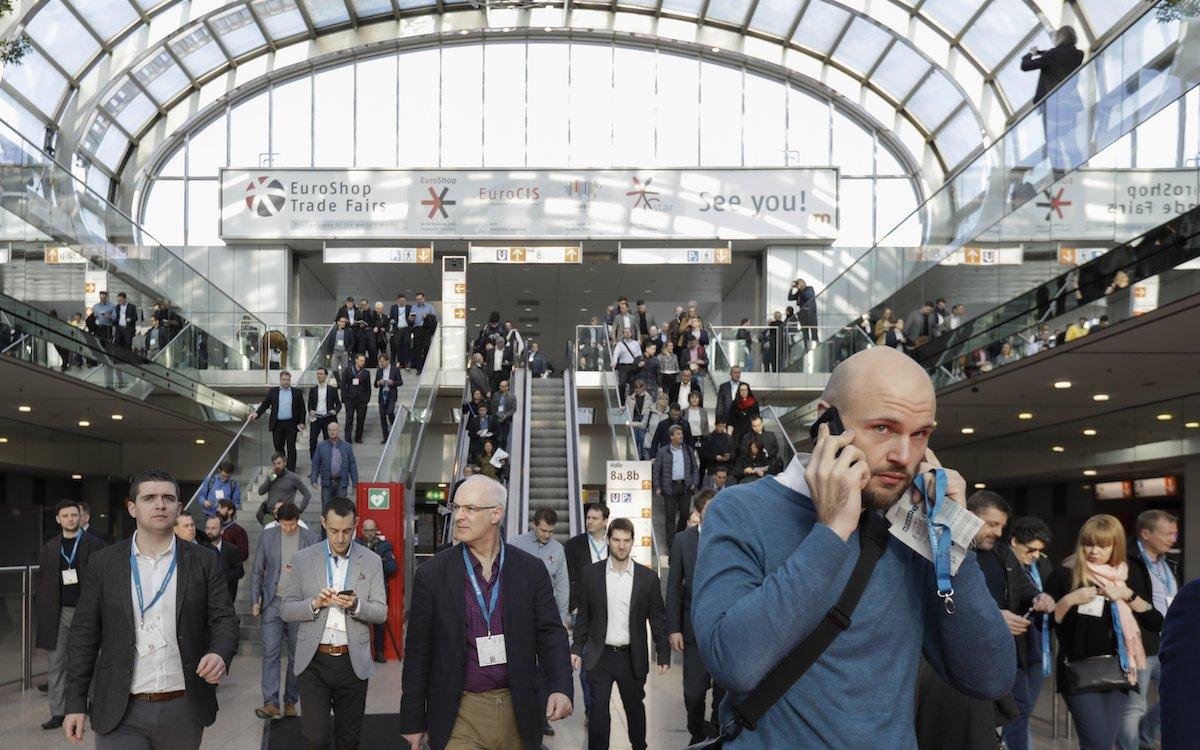 Die EuroCIS 2019 verzeichnete auch wesentlich mehr Besucher aus dem Ausland (Foto: Messe Düsseldorf, Constanze Tillmann)