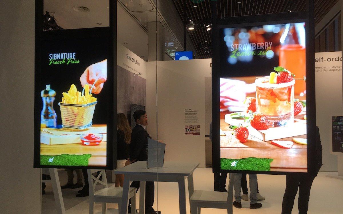 Mit 3.000 nit Luminanz können auch im Schaufenster Botschaften deutlich visualisiert werden (Foto: invidis)