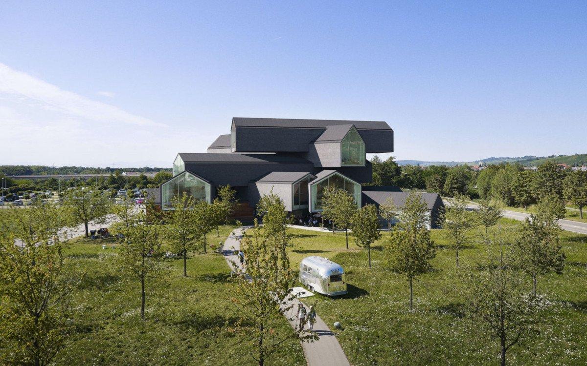 Vitra-Haus auf dem Vitra Campus in Weil am Rhein (Foto: vitra)