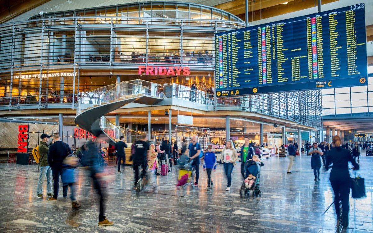 FIDS-Displays am Flughafen Oslo (Foto: Avinor)