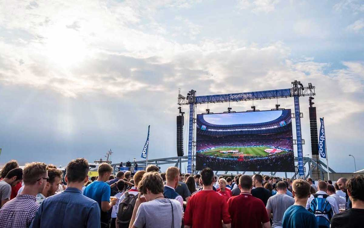LED Outdoor Screen von Unilumin in Liverpool während der WM 2018 (Foto: Unilumin)