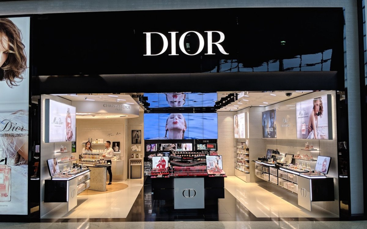 Dior am Flughafen Sao Paulo GRU (Foto: invidis)