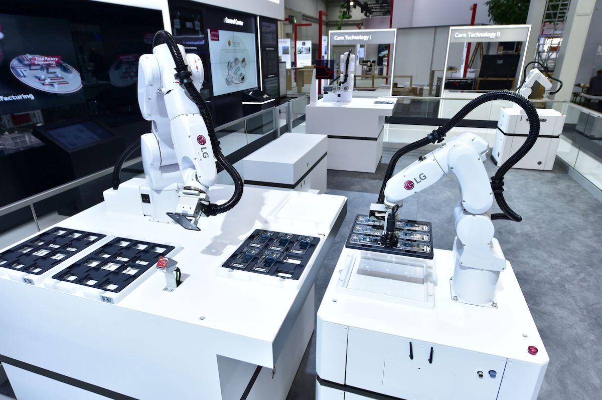 Auf der Hannover Messe zeigt LG auch eine AI-basierte Lösung die bereits in der Displayproduktion zum Einsatz kommt (Foto: LG)