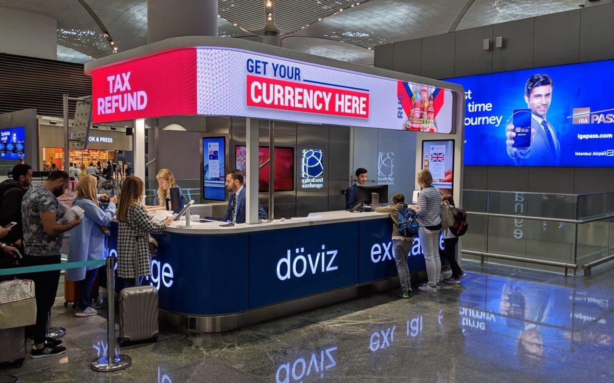 Currency Exchange und VAT Refund auf der Abflugebene Istanbul Airport (Foto: invidis)