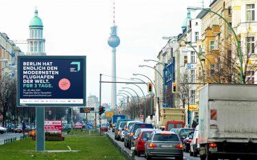 Berlin hat endlich den modernsten Flughafen der Welt (Foto: Ströer)