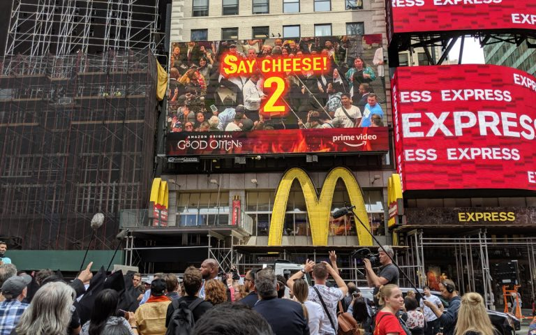 Amazon Prime Good Omens MR-Kampagne Times Square (Foto: Grand Visual)