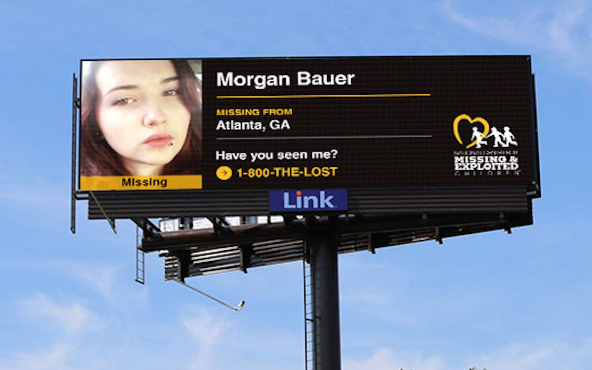 Suche nach einem vermissten Kind auf einem LED Screen in Atlanta (Foto: Grand Visual)