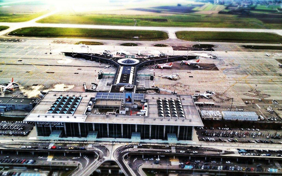 Drei Nationen, ein Flughafen: Airport in Basel (Foto: Pixabay / SwissEmotions2013)