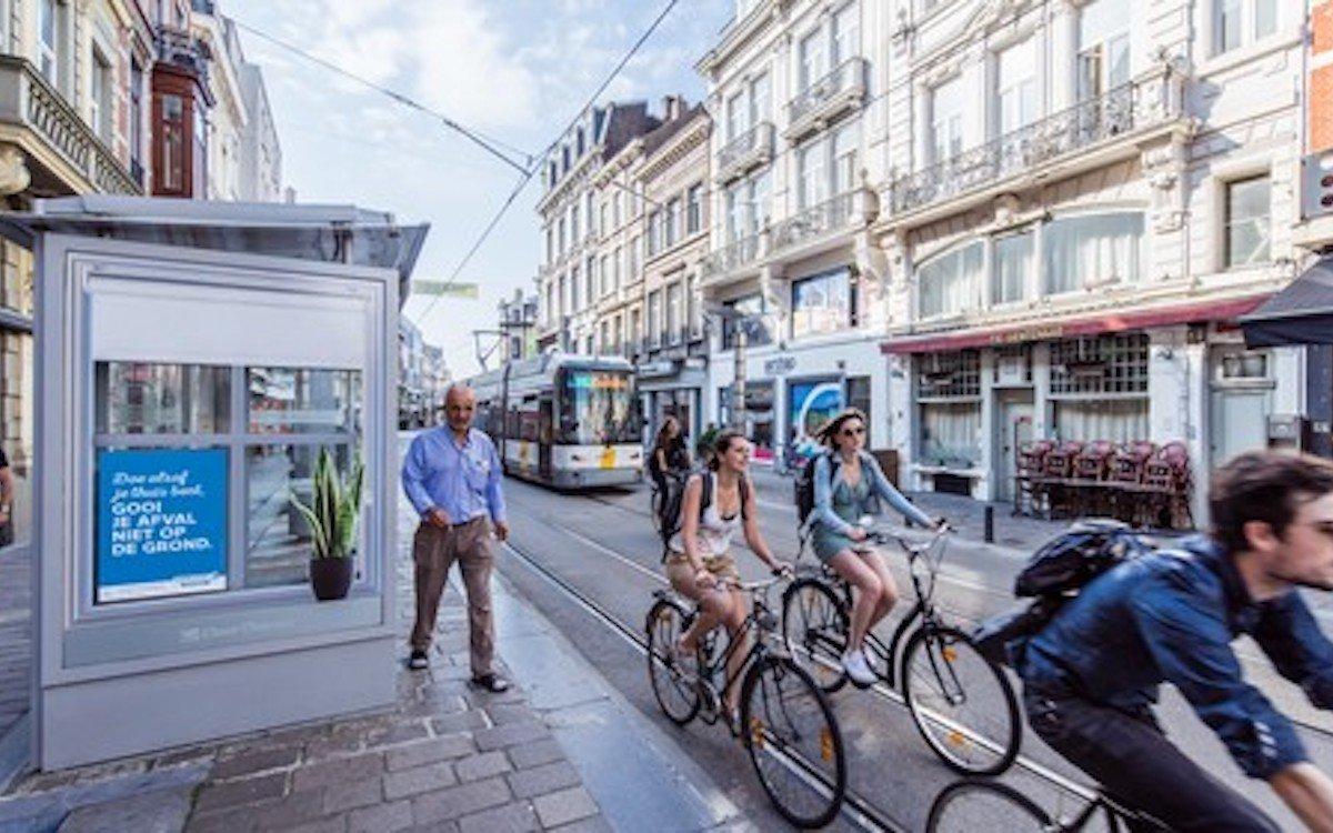 Stadmöblierung von Clear Channel in einer wallonischen Stadt (Foto: Clear Channel)