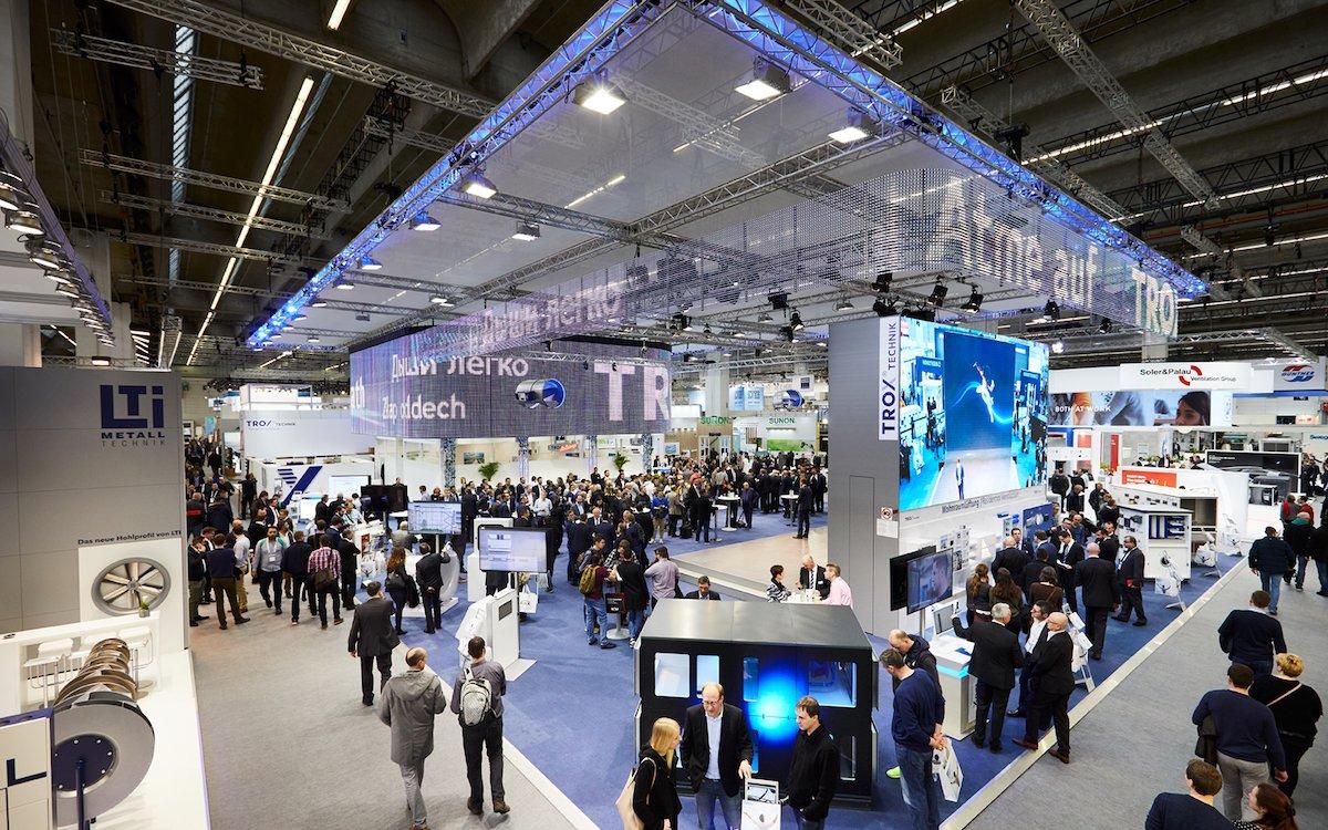 TROX setzte auf der Messe auf zahlreiche LED-Elemente (Foto: tennagels Medientechnik)