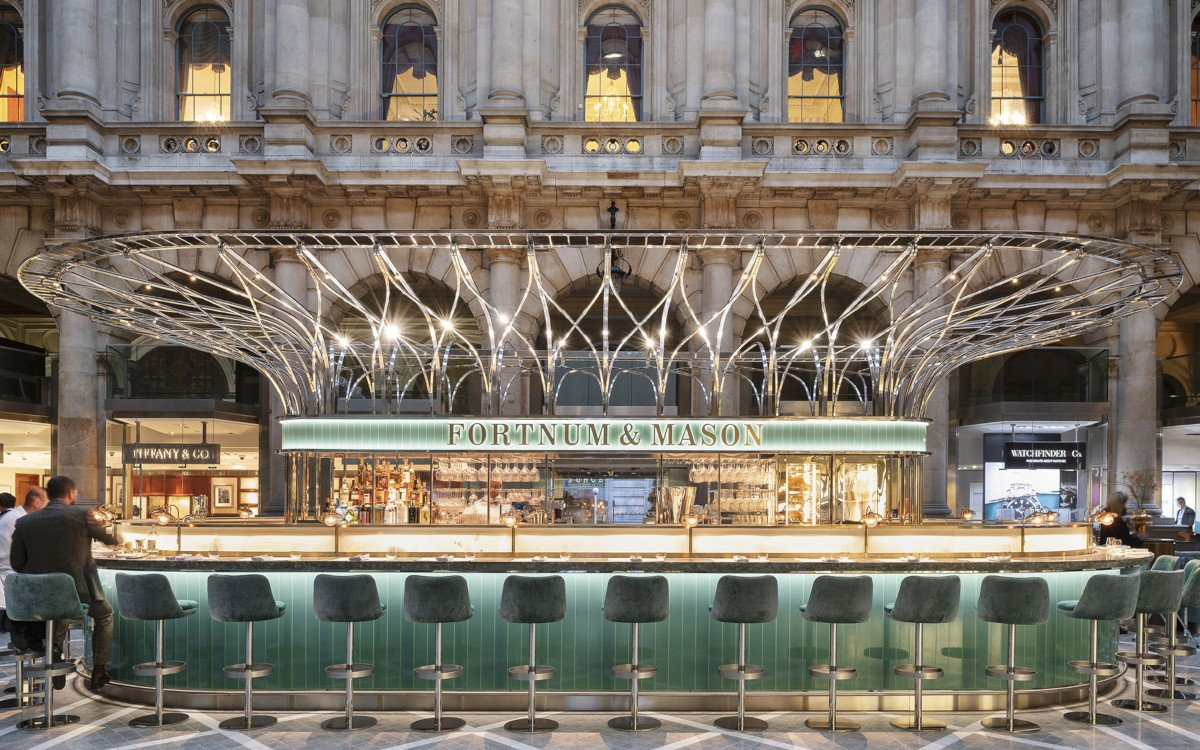 The Fortnum's Bar and Restaurant at The Royal Exchange by Universal Design Studio (Foto: Andrew Meredith)