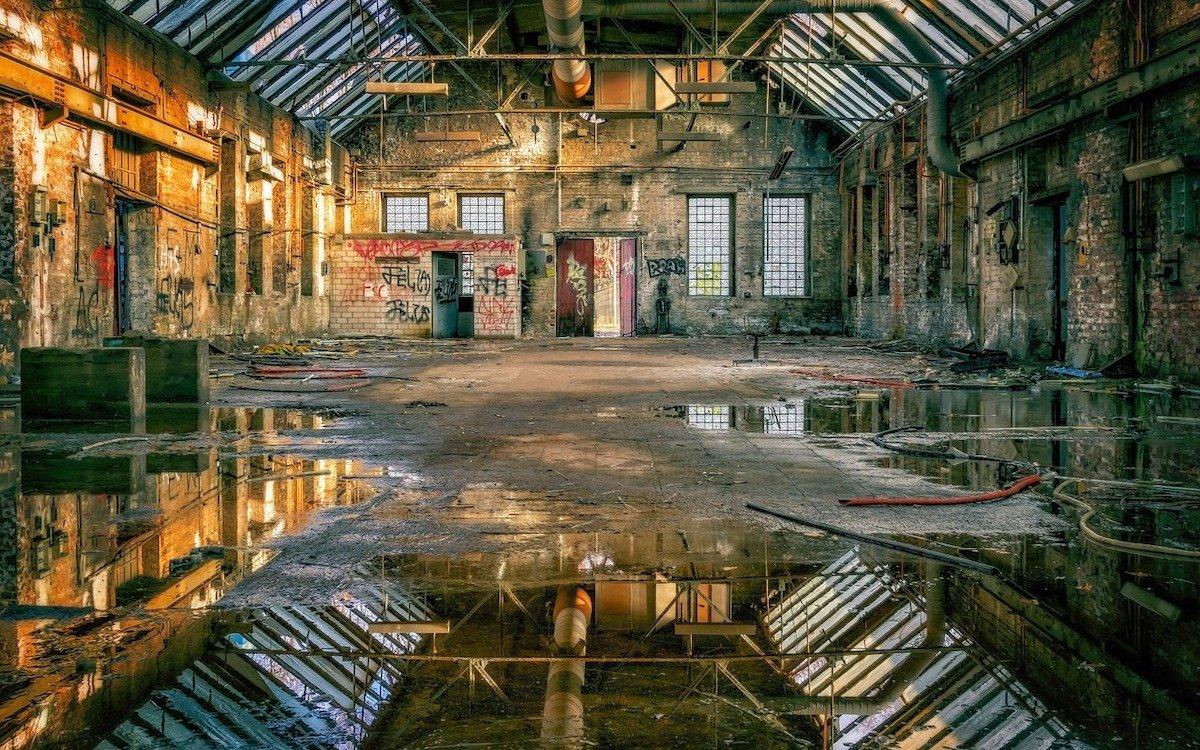 Alte Fabrikhalle, Symbolbild (Foto: Pixabay / Tama66)