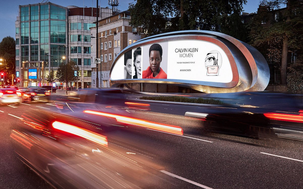 "LED Screen ""The Kensington"" von JCDecaux in London (Foto: JCDecaux)"