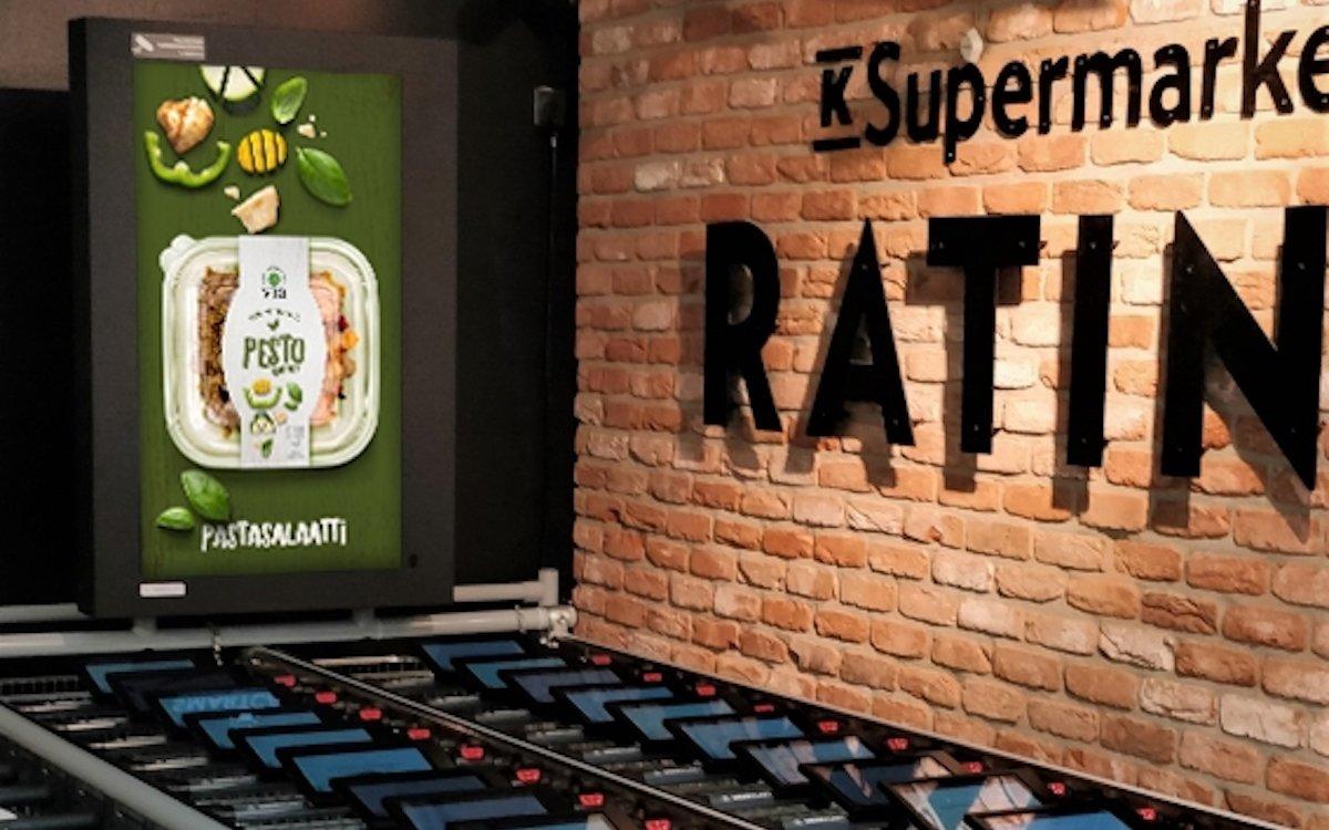 Screen in einem K-Supermarket im finnischen Tampere (Foto: JCDecaux)