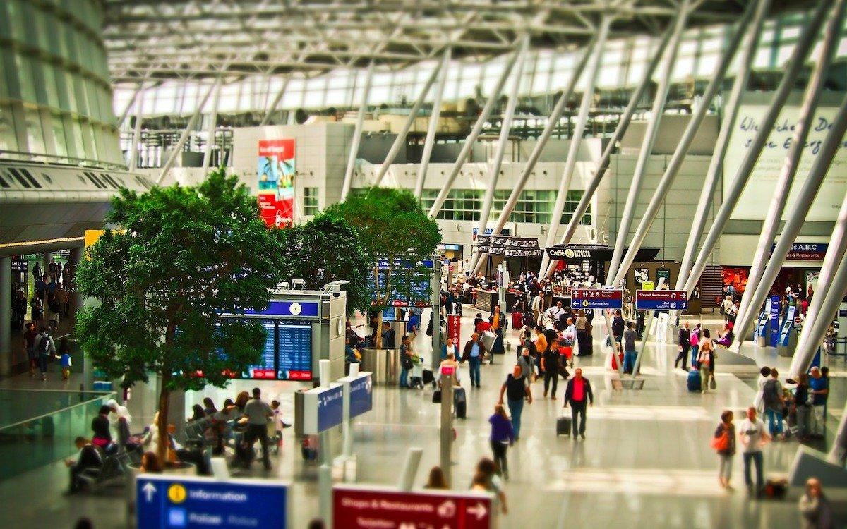 Terminal an einem deutschen Airport, Symbolbild (Foto: Pixabay / MichaelGaida)