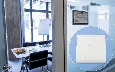 Access Point von Lancom kombiniert WLAN und Digital SIgnage (Foto: Lancom)