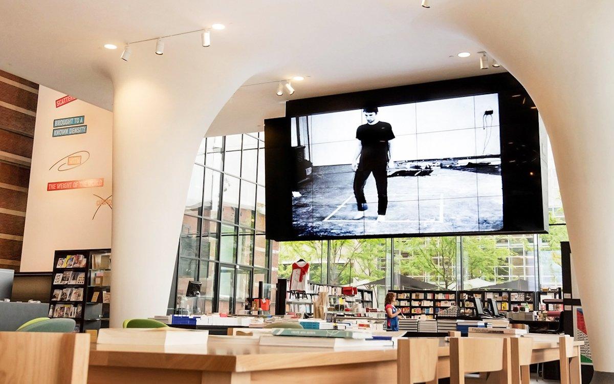 xDas Stedelijk Museum setzt auf neue Screens wie diese Videowand (Foto: LG Electronics)
