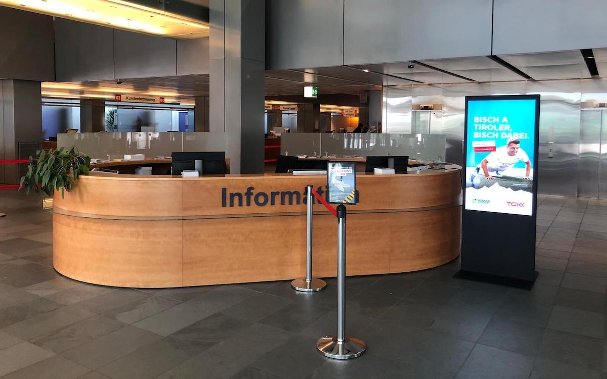 Die Tiroler Gebietskrankenkasse nutzt Digital Signage in ihrer Zentrale (Foto: Peakmedia)