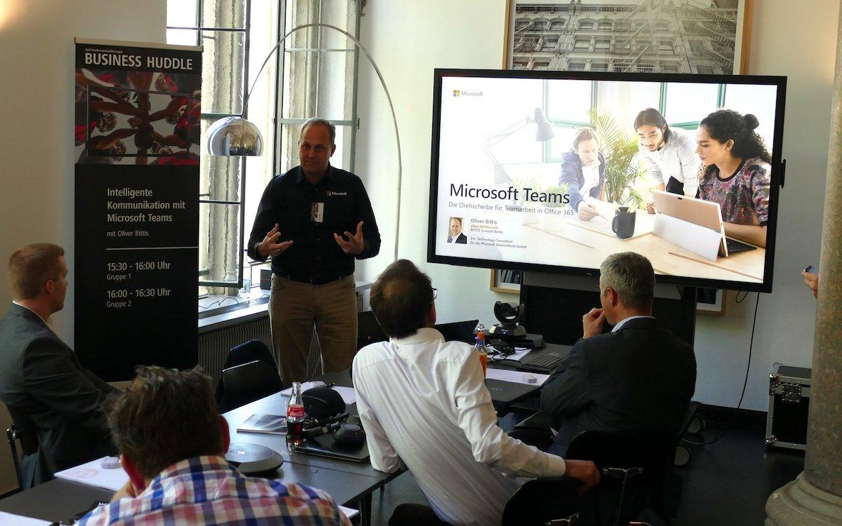 Die Vorstellung von Microsoft-Teams gehörte zu den Schwerpunkten der Veranstaltung (Foto: Siewert & Kau)