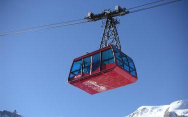 BIm Skigebiet Saas Fee vermarktet die APG nun 31 Werbemittel. Im Bild die Bergbahn Felskinn in Saas-Fee.(Foto: PHOTOPRESS/Saastal Tourismus AG)