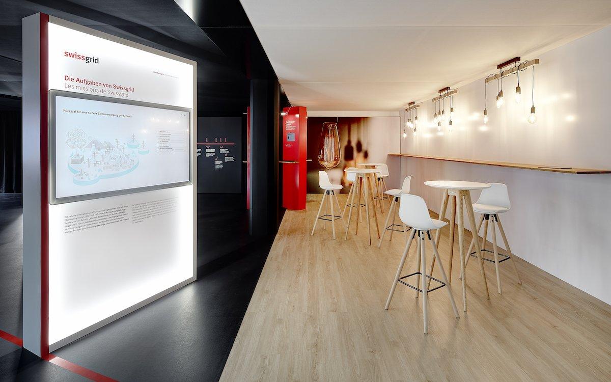 Im Swissgrid-Besucherzentrum werden technische Aspekte einfach erklärt (Foto: Scholtysik & Partner)