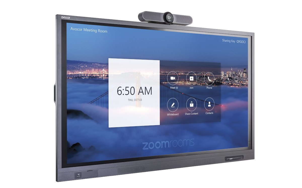 Avocor Collaboration Lösung für Zoom mit Logitech Kamera (Foto: Avocor)