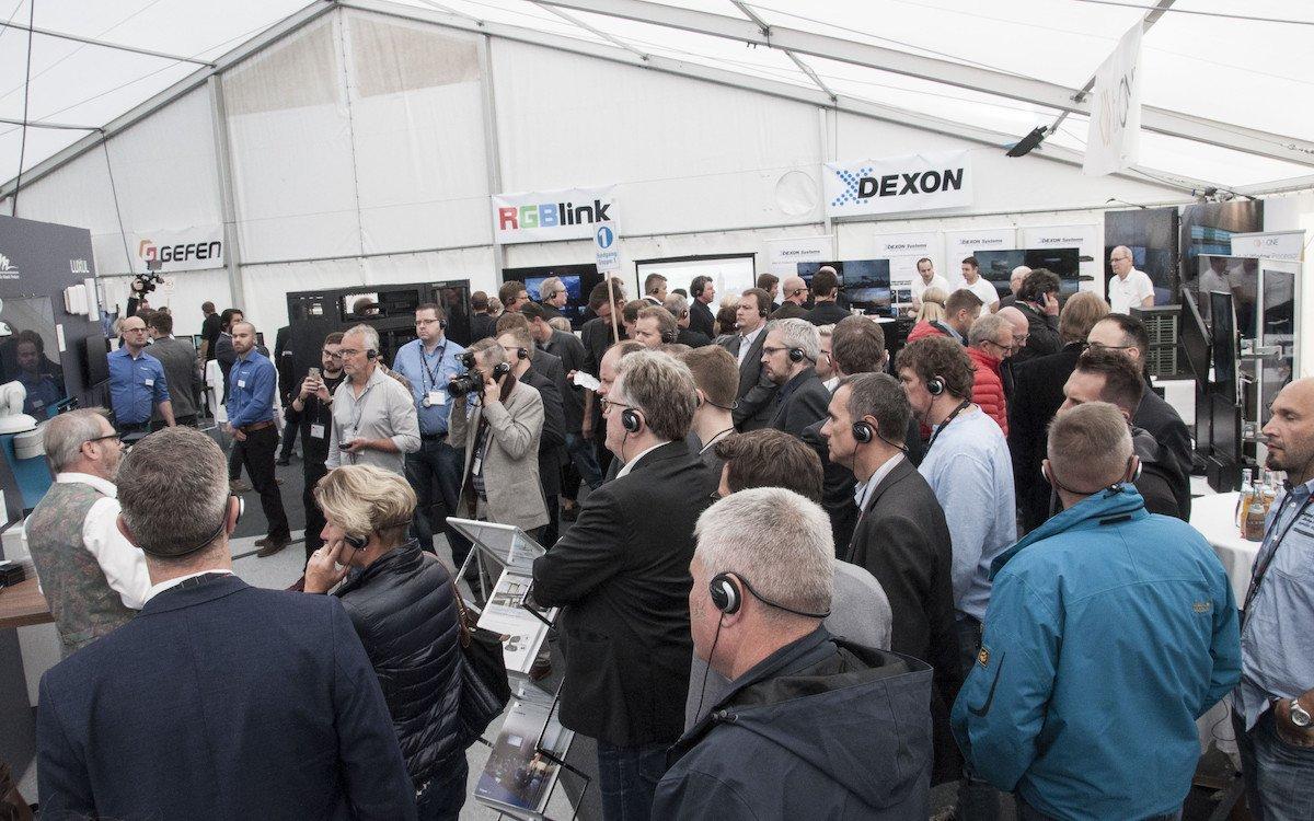Besucher beim S14 Solutions Day (Foto: COMM-TEC)