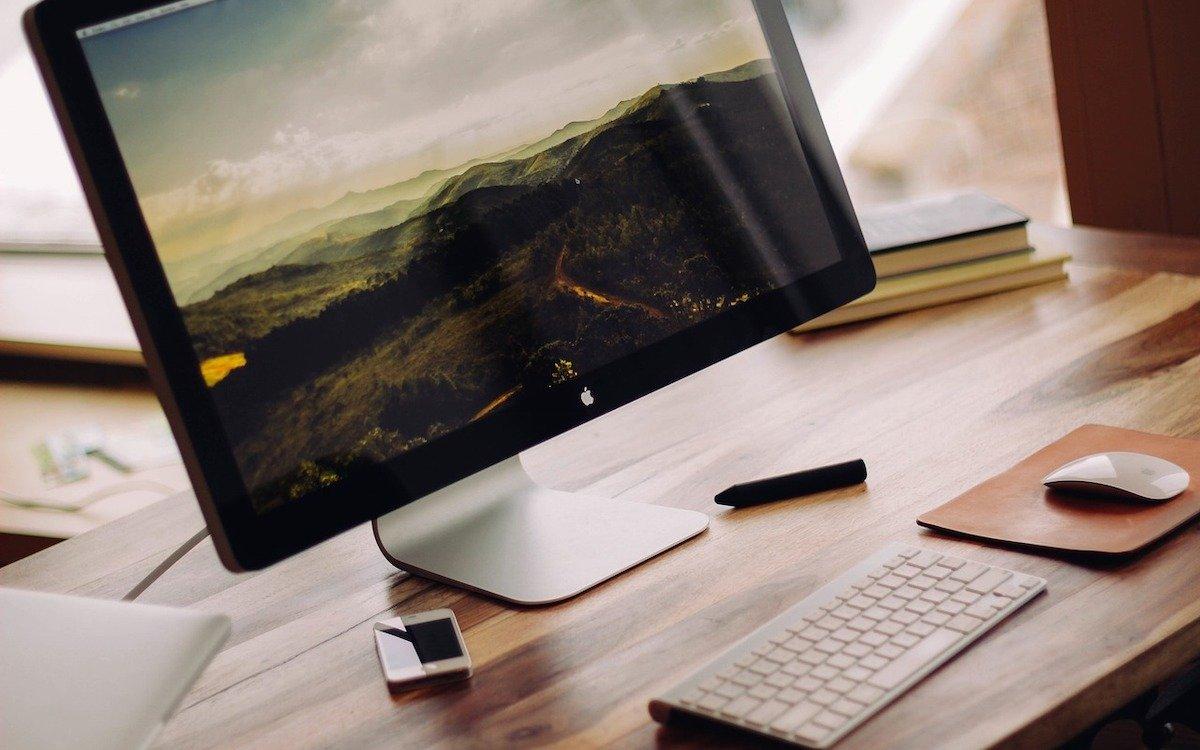 Computer von Apple, Symbolbild (Foto: Pixabay / Free-Photos)
