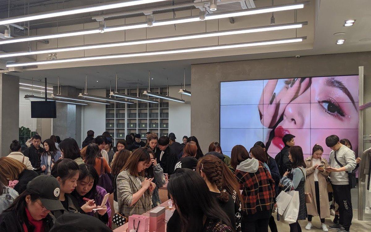 Für chinesische Kunden ist Shopping Entertainment (Foto: invidis)