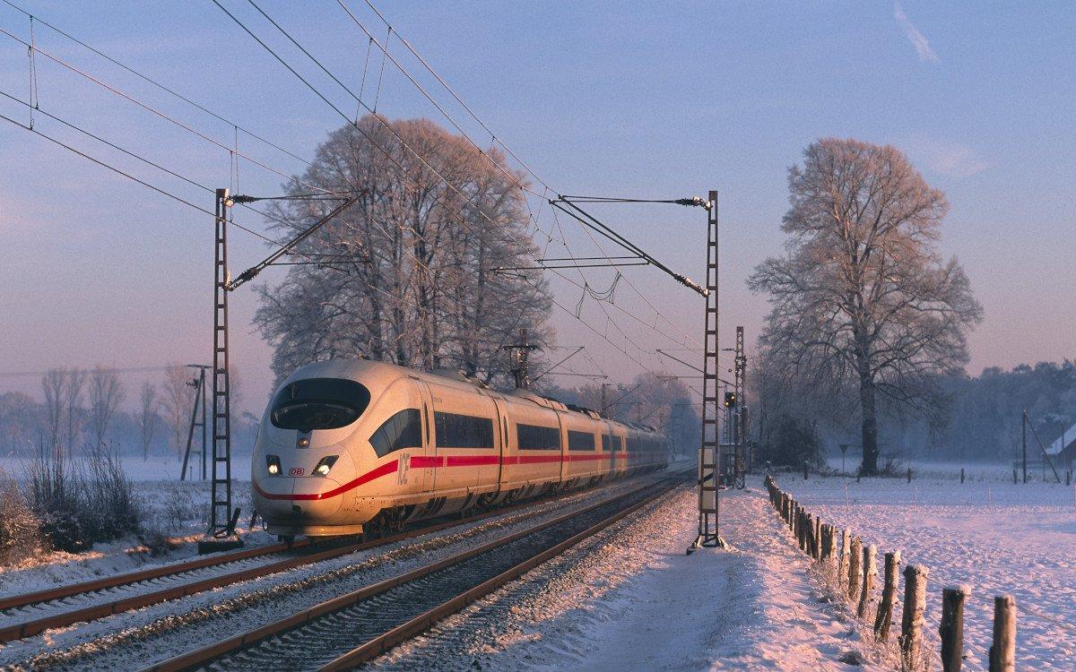 ICE im Winter (Foto: Georg Wagner / Deutsche Bahn)