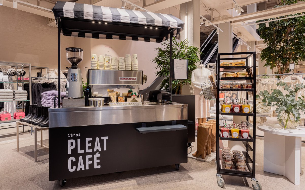 Cafe Corner neuen H&M Flagship in Stockholm (Foto: H&M David Thunander/Thunander at GMail.com)