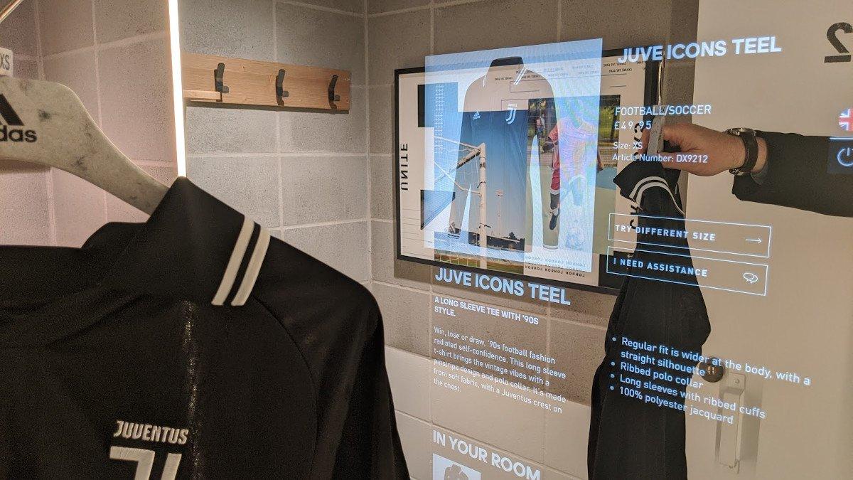Ohne Magic Mirror geht es zur Zeit bei Nike, Adidas & co nicht mehr (Foto: invidis)