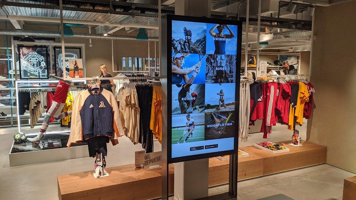 Extended bzw Endless Shelf bei Adidas LDN (Foto: invidis)