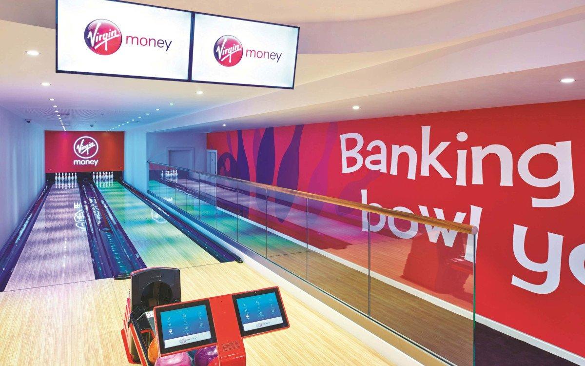 Virgin Money Lounge mit Bowlingbahn in London (Foto: Virign Money)