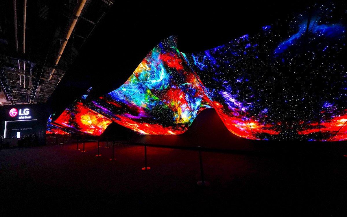 LG OLED Installation auf der CEDS 2020 - seit fünf Jahren eine Tradition (Foto: LG)