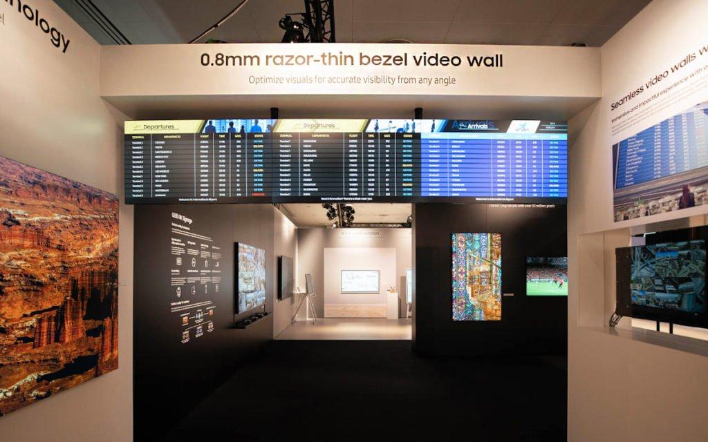 Neue Videowall-Displays mit dünnem Bezel (Foto: Samsung)