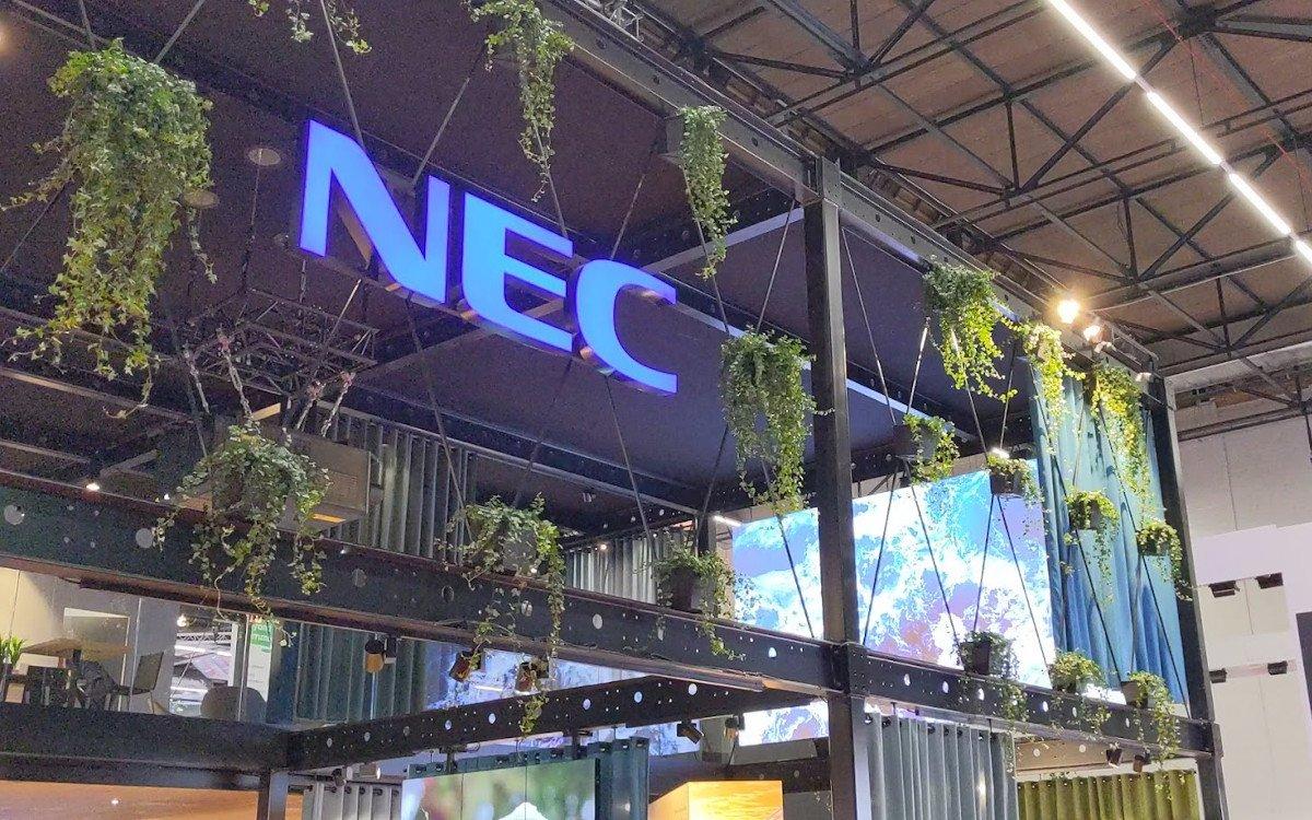 NEC Stand auf der ISE 2020 (Foto: invidis)