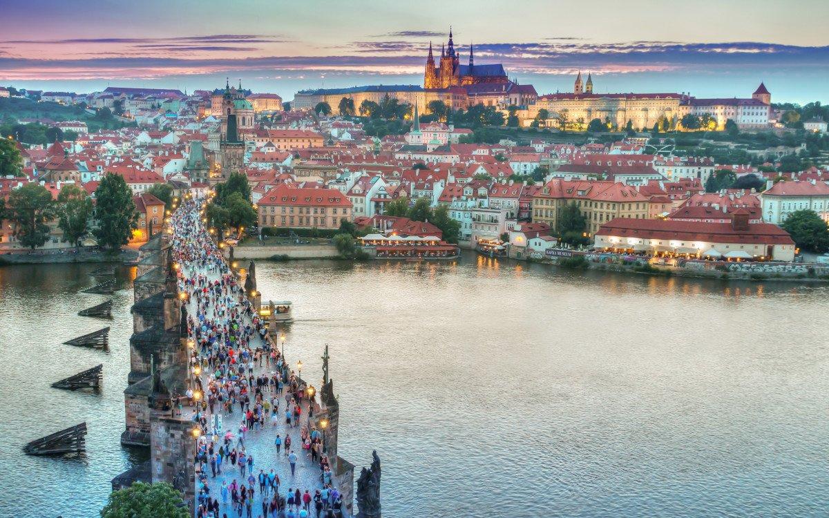 Prager Altstadt (Foto: Jeshoots/Pexels)